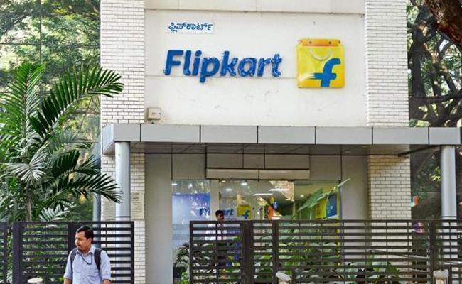 Coronavirus : Flipkart Says Temporarily Suspending Services - Sakshi
