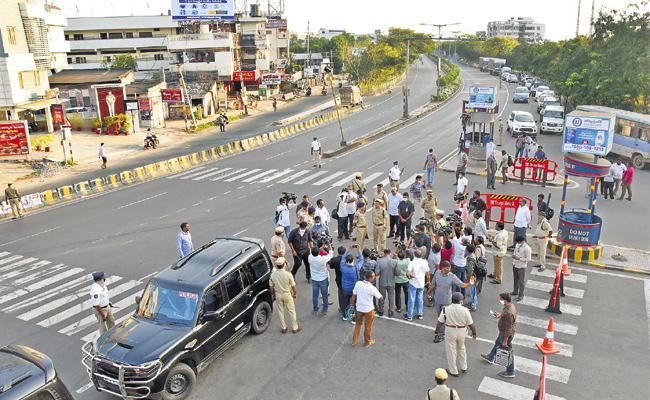 Goutam Sawang Comments On Lockdown In AP - Sakshi