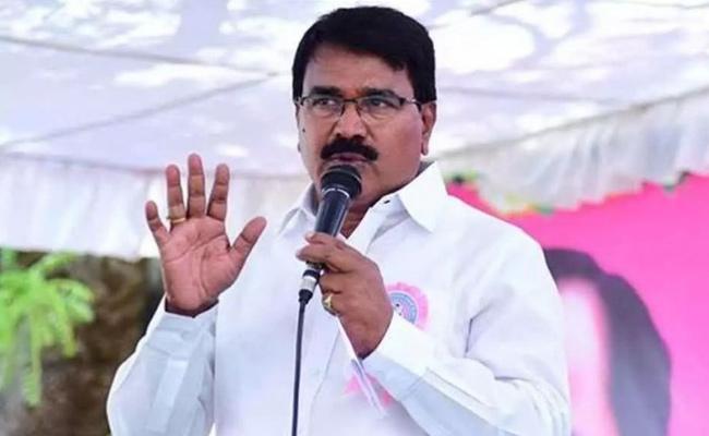 Home Quarantine Is Only Precaution For Corona Says Minister Niranjan Reddy - Sakshi