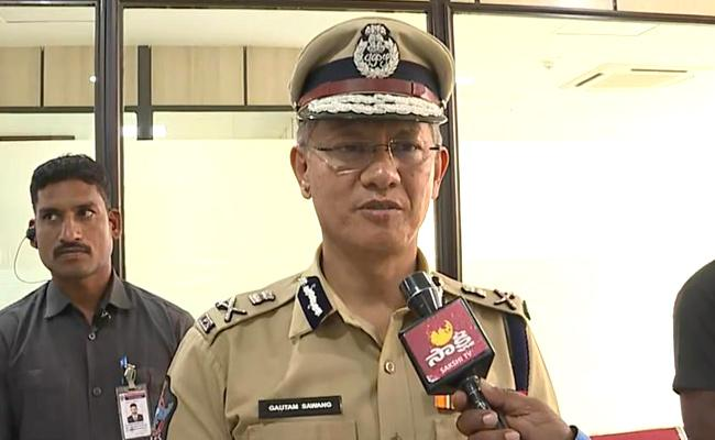 AP DGP Gautam Sawang Appealed To Public To Follow Medical Emergency Protocol - Sakshi
