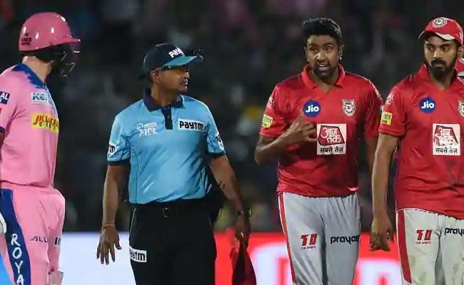 Cricketers Urge People To Stay Indoor Amid Corona Lockdown - Sakshi