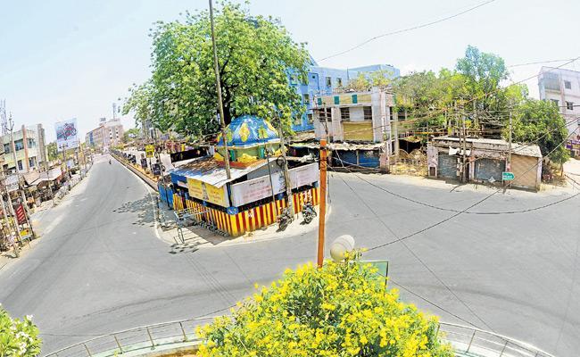 Lockdown Being Tightened In Andhra Pradesh - Sakshi