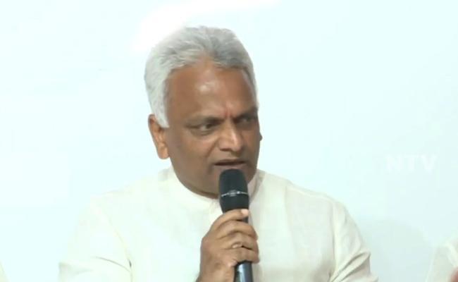 Puducherry Health Minister Malladi Krishna Rao Said The Lockdown Possible To Extend - Sakshi