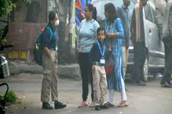 Noida School To Shut For Three Days As Students' Father Infected With Virus - Sakshi