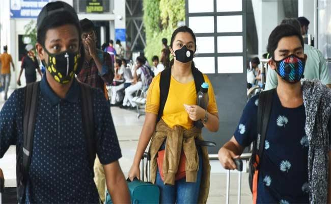 Health Officials List Out Foreign Returnees To Andhra Pradesh - Sakshi