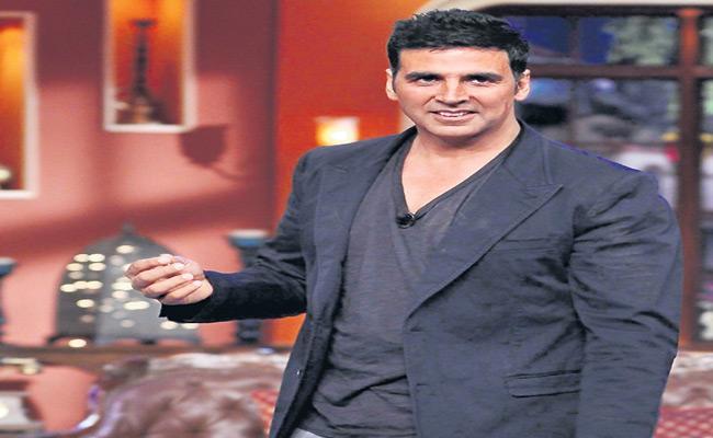 Tollywood And Bollywood Donates Amount To Fight Against Coronavirus - Sakshi