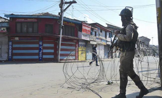 Social Media Ban Removed In Kashmir - Sakshi