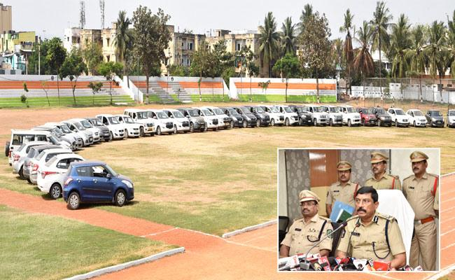 Two Gangs Held, 50 Cars Worth Rs 7 Crore Recovered - Sakshi