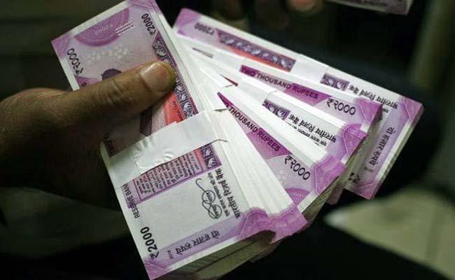 Rupee slides 65 paise against USD to 73.99 on growth concerns   - Sakshi