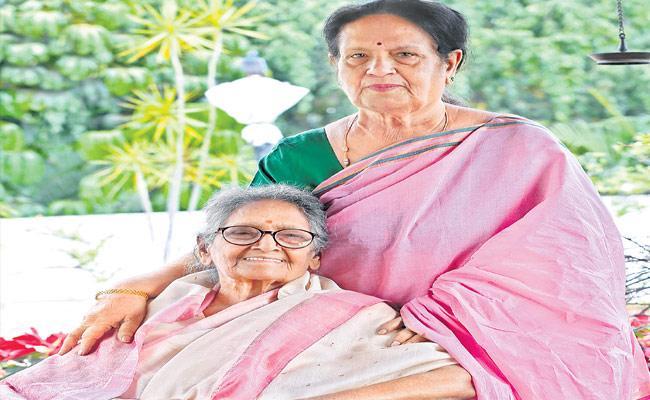 Sakshi Exclusive Interview With Krishnaveni And Anuradha