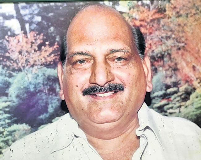 Tollywood Movie Actor Pollapragada Janardhana Rao Pass Away - Sakshi