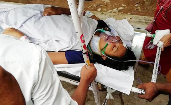 Nursing Student Commits End lives in East Godavari - Sakshi