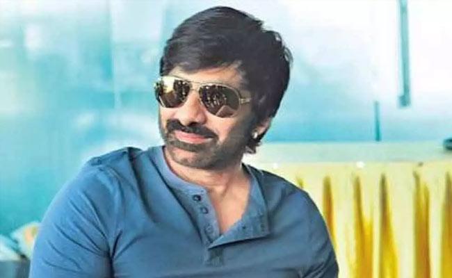 Nidhi Agarwal To Act With Ravi Teja Next Telugu Movie - Sakshi