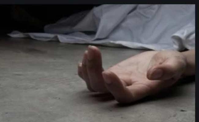 Husband Assassinate Wife For Questioning Extramarital Affairs In Nizamabad - Sakshi
