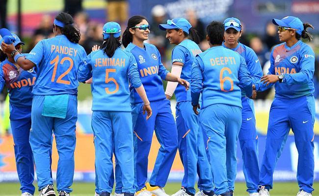 Career Bio Data Of Womens Cricket Team Of India - Sakshi