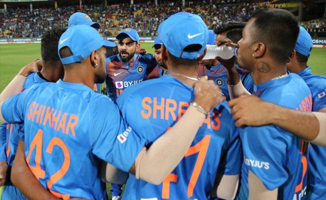 India Vs South Africa Odi Series: Hardik And Dhawan Back In India Squad - Sakshi