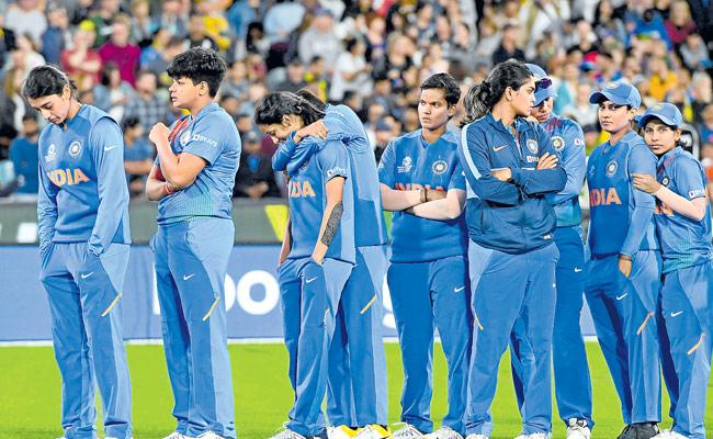India Womens Team Lost ICC T20 World Cup - Sakshi