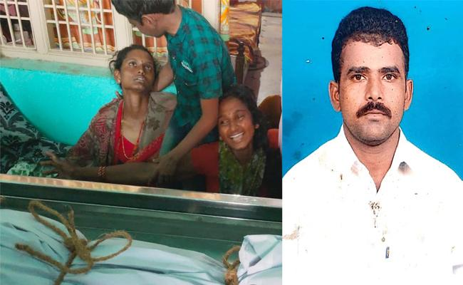 Young Farmer Commits End Lives in Prakasam - Sakshi