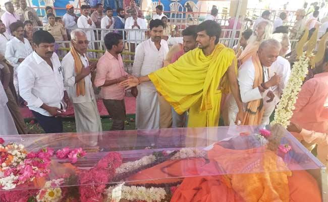 Mahayogini Matha Manikeshwari Passes Away - Sakshi
