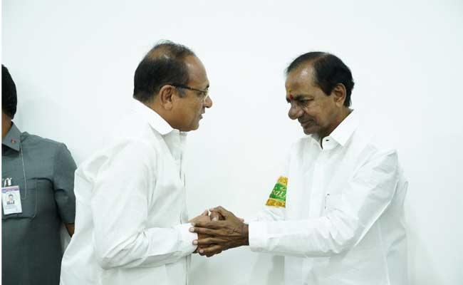 Muthyala Laxmareddy Ask KCR To Given Opportunity As An MLC - Sakshi