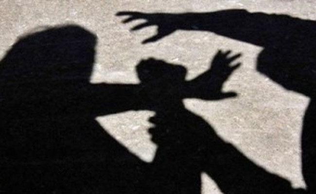 Thief Molested On Sleeping Woman At Chennai - Sakshi