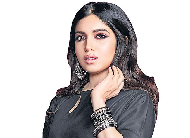 Actress Bhumi pednekar hydroponics farming - Sakshi