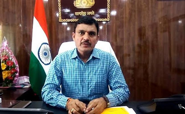 Kamareddy District Collector Video Conference On Corona Prevention Measures - Sakshi