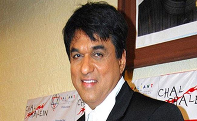 Mukesh Khanna Defends His Comments On Sonakshi Sinha - Sakshi