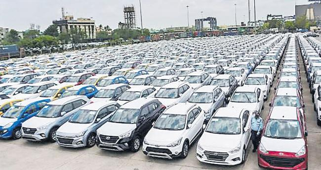 Automakers see massive drop in sales in March due to lockdown - Sakshi