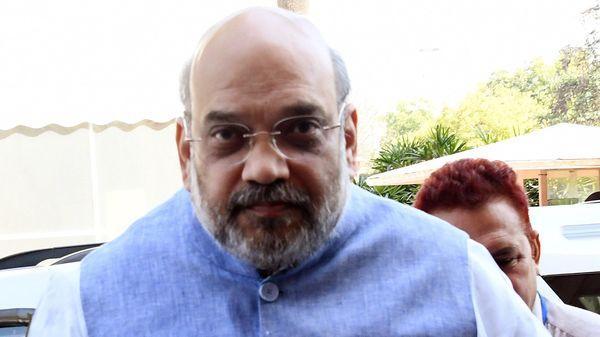 Amit Shah Hits Out At Congress Over Coronavirus - Sakshi