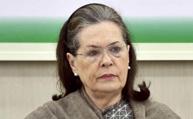 Sonia Gandhi Talk On Congress Working Committee Meeting Over Lockdown - Sakshi
