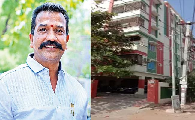 House Owner Waived Three Months Rent in Hyderabad - Sakshi