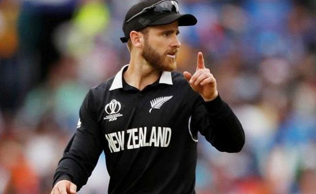Williamson Picks Kohli, De Villiers As The Two Best Batsmen - Sakshi
