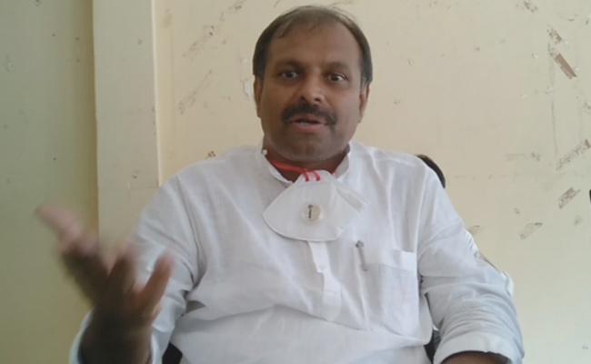 Srikanth Reddy Comments Over Manabadi Nadu Nedu Programme - Sakshi