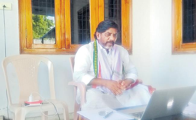 Corona Tests Should Administer In Large Scale In Telangana - Sakshi