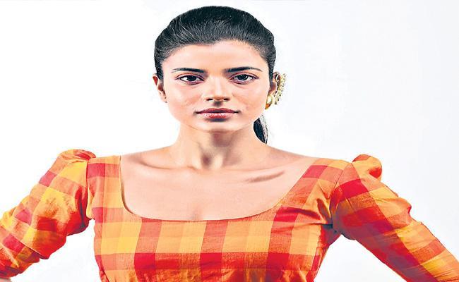 Aishwarya Rajesh Speaks About Lockdown - Sakshi