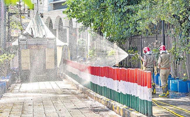 9,000 Members Quarantined Who Came From Tablighi - Sakshi