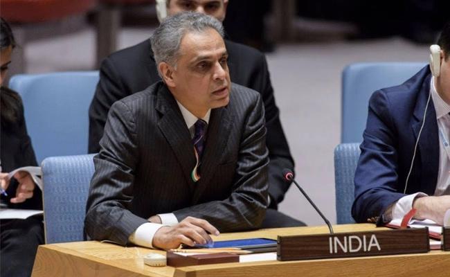 India UN Ambassador Syed Akbaruddin retires with namaste - Sakshi
