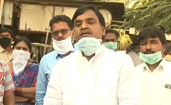 Amjad Basha Talk On Cash Relief For Coronavirus At Vijayawada - Sakshi