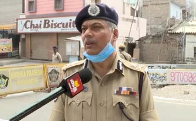CP Dwaraka Tirumala Rao: Corona First Death in Vijayawada Is Painful - Sakshi