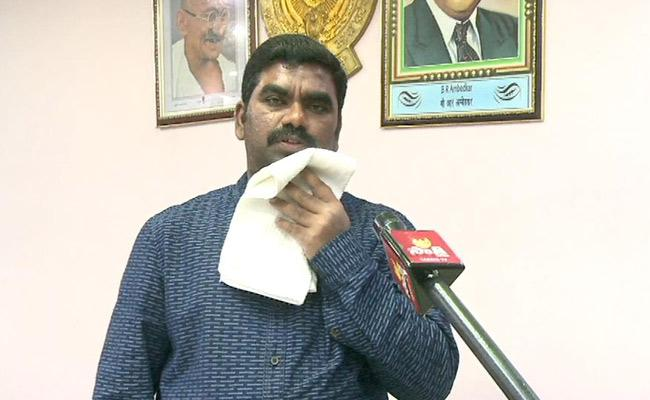 Collector Veerapandian: Three New Cases Filed In Kurnool On Saturday - Sakshi