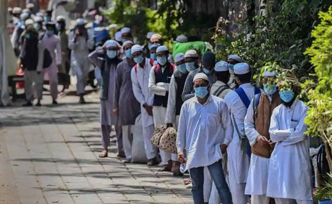 800 Plus Foreign Jamaat Workers Found In Delhi mosques - Sakshi