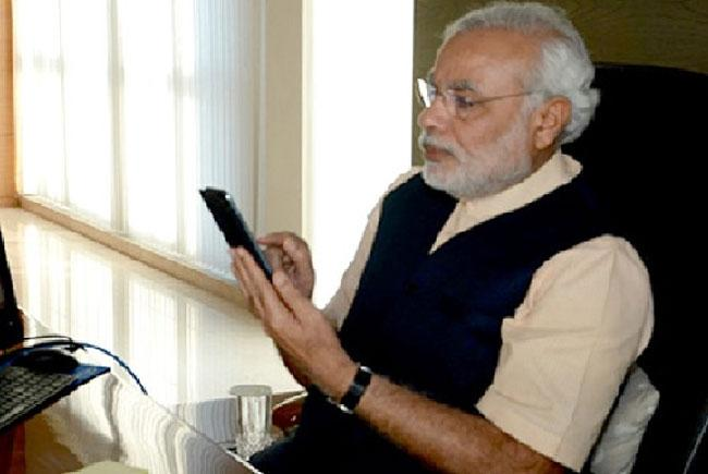 PM Narendra Modi calls up Sonia Gandhi And other party heads - Sakshi