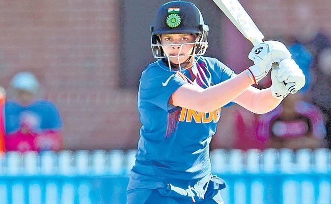 Shafali Verma Focused On WC Number One Rank - Sakshi