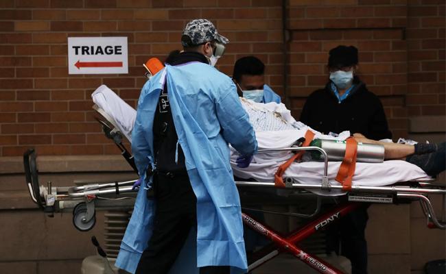 Coronavirus Kills Men Twice Than Women in New York - Sakshi
