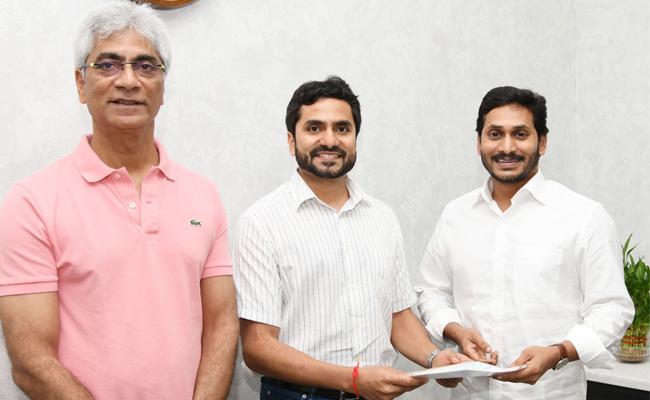 Coronavirus : Varun Motors Gave Huge Doantion To AP CM Relief Fund - Sakshi