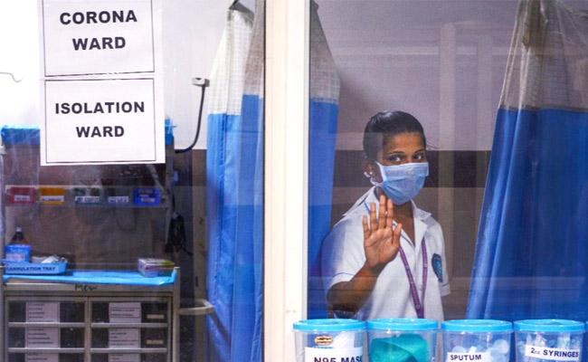 CoronaVirus Positive Cases Decreased In Andhra Pradesh - Sakshi