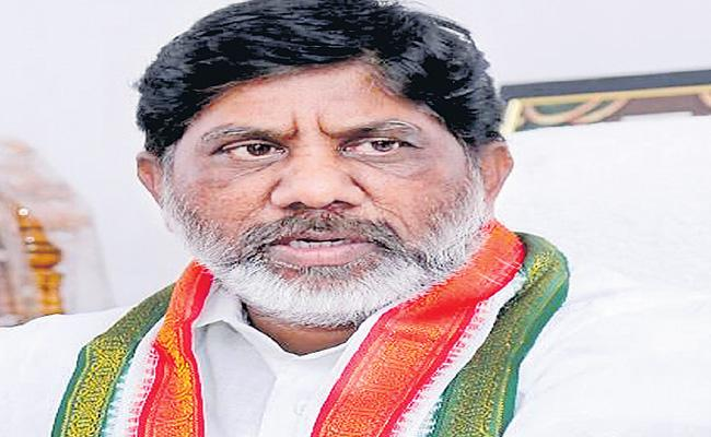 Bhatti Vikramarka Questions State Government Over Social Distancing At Liquor Shops - Sakshi