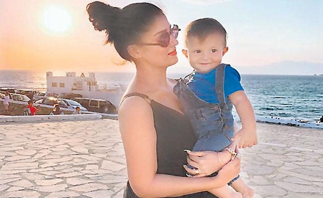 Vignesh Shivan Calls Nayanthara Mother of My Future Children - Sakshi