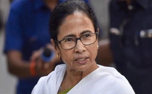 West Bengal Will Run 105 Additional Trains For Migrant Workers  - Sakshi